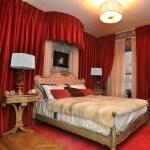 draped-bedroom-walls1.jpg