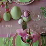 easter-rose-and-green-table-setting5.jpg