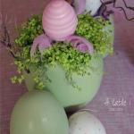 easter-rose-and-green-table-setting-eggs1.jpg