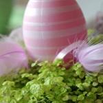 easter-rose-and-green-table-setting-eggs5.jpg