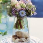 easy-creative-diy-floral-arrangement6-1.jpg