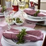 eco-summery-napkins-and-plates2-12.jpg