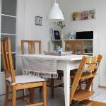 eco-vintage-berlin-apartment-kitchen6.jpg
