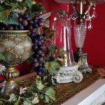english-country-autumn-diningroom-decorating1-7.jpg