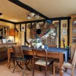 english-vintage-creative-homes1-9.jpg