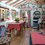 english-vintage-creative-homes2-1.jpg