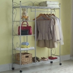 enlarge-tiny-wardrobe-10-ways9-5
