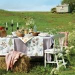 fabric-outdoors-ideas-tablecloth3.jpg