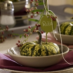 fall-table-setting-in-harvest-theme-on-plate1.jpg