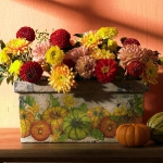 fall-table-setting-in-harvest-theme-flowers1.jpg