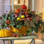 fall-table-setting-in-harvest-theme-flowers3.jpg