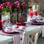 fashionable-table-set-for-xmas-traditional6.jpg