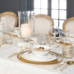 fashionable-table-set-for-xmas-elegance3.jpg