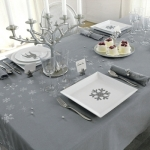 fashionable-table-set-for-xmas-argent4.jpg