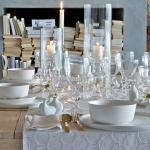 fashionable-table-set-for-xmas-snowfall1.jpg