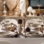 fashionable-table-set-for-xmas-eco2.jpg