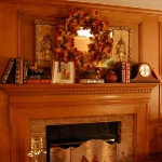 fireplace-mantel-fall-decorating3.jpg