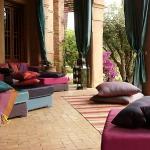 floor-cushions-ideas2-3.jpg