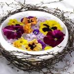 floral-arrangement-of-burgeons-and-petals3-1.jpg