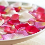 floral-arrangement-of-burgeons-and-petals5-1.jpg