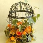 flowers-in-bird-cages-ideas2-3-6.jpg