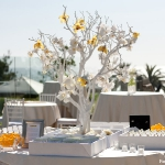 flowers-on-branches-party-decorating2-1.jpg