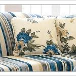 flowers-pattern-textile-pillows2.jpg