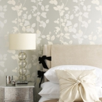flowers-pattern-wallpaper-contemporary-glam3.jpg