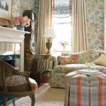 flowers-wallpaper-n-textile-traditional16.jpg