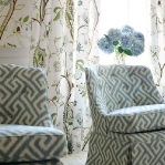 flowers-wallpaper-n-textile-traditional17.jpg