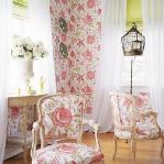 flowers-wallpaper-n-textile-traditional4.jpg