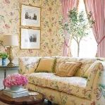 flowers-wallpaper-n-textile-traditional8.jpg