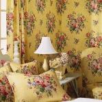 flowers-wallpaper-n-textile-traditional23.jpg