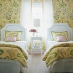 flowers-wallpaper-n-textile-traditional27.jpg
