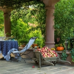 french-house-and-garden1-10.jpg