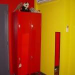 french-kidsroom-in-bright-color2-4.jpg