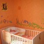 french-kidsroom-in-bright-color7-2.jpg