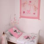 french-kidsroom-in-bright-color8-2.jpg