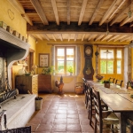 french-retro-homes-in-warm-palettes1-8.jpg