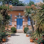 french-retro-homes-in-warm-palettes2-1.jpg