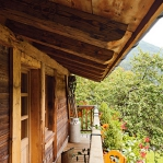 french-retro-homes-in-warm-palettes3-3.jpg