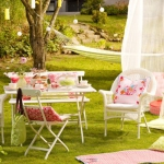 french-summer-outdoor-table-set1.jpg