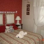 french-women-bedroom-creative5.jpg