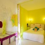 french-women-bedroom-creative8.jpg