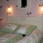 french-women-bedroom-creative14-2.jpg