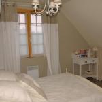 french-women-bedroom-creative16-1.jpg