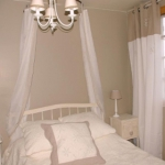 french-women-bedroom-creative16-2.jpg