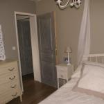 french-women-bedroom-creative16-3.jpg
