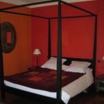 french-women-bedroom-creative21-1.jpg