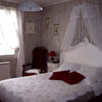 french-women-bedroom-creative35-2.jpg